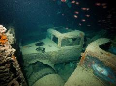 红海海底发现二战沉船仍保留大量珍贵军用车辆