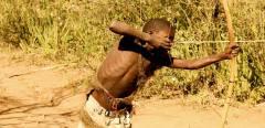 坦桑尼亚哈扎部落:地球最后以狩猎为生的民族