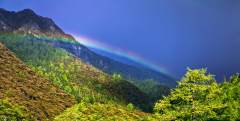 走進三怙神山,感受人與自然