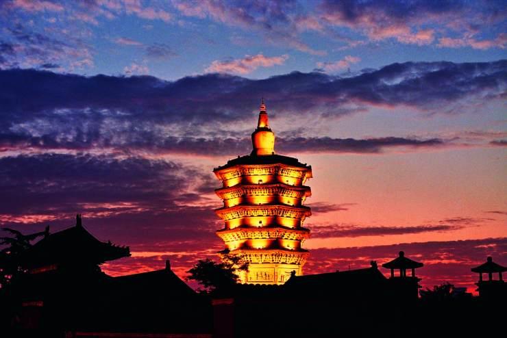 塔之奇 安阳文峰塔,倒立千年的奇观