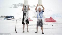 """两男子南极玩""""冰桶挑战"""":零下20度冰冻入骨"""