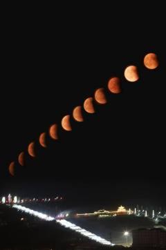 山西隰县的红月亮