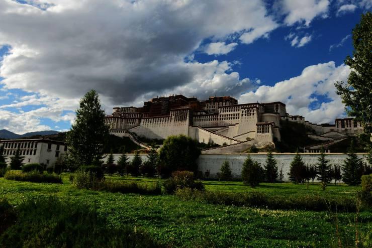 美丽的布达拉宫