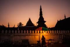 老挝纪行:骑车漫游琅勃拉邦