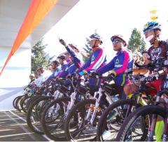 2016木兰围场国际自行车挑战赛日前举行